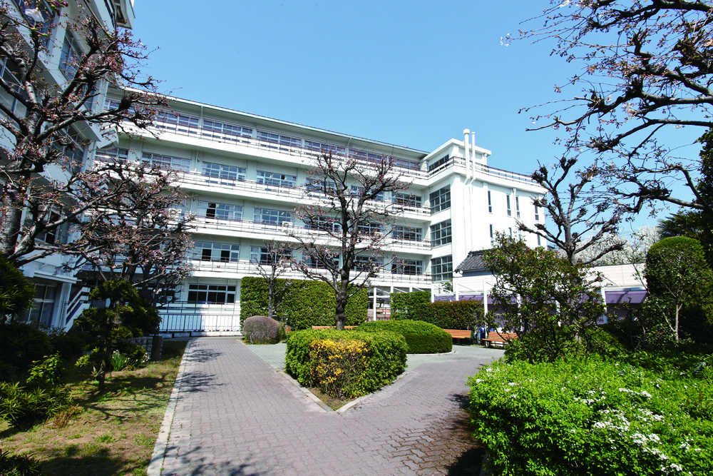 潤徳女子高等学校